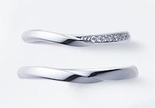 俄の結婚指輪「せせらぎ」