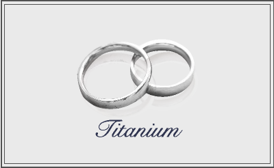 チタンの結婚指輪を探している方へ~選び方と人気のチタンリング