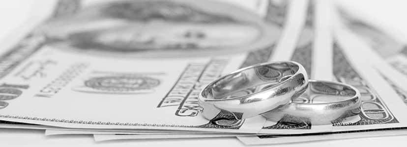 値段と指輪と紙幣と…