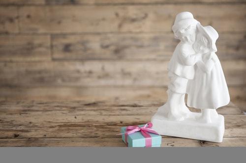 結婚の際の婚約記念品まとめ